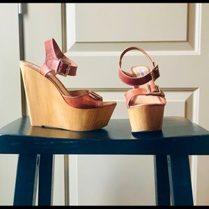 Steve Madden, Brown Leather Wedges